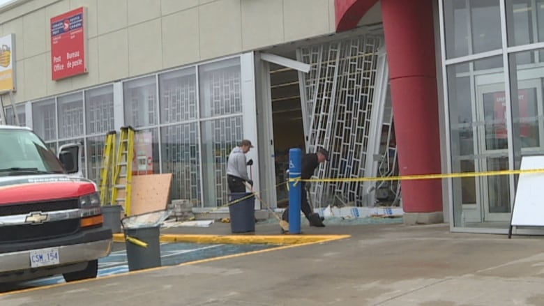 Front window smashed at St  John's Shoppers Drug Mart | CBC News