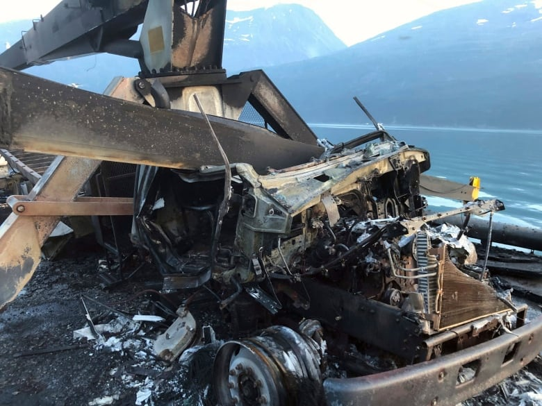 Explosion and fire sink commercial fishing boat in Alaska, 1 person