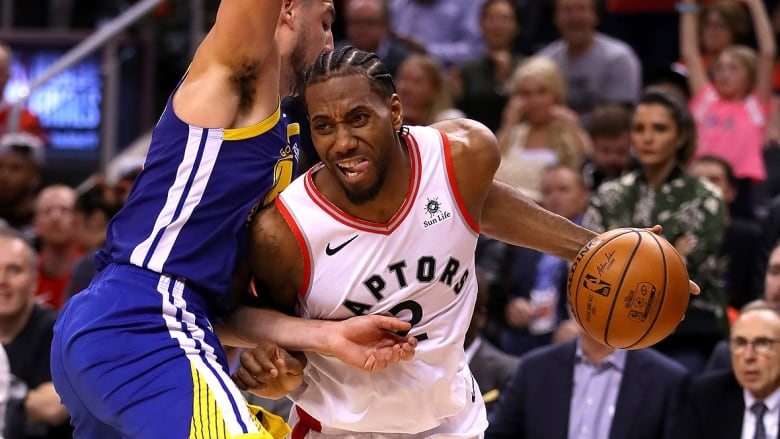 Kawhi Leonard S Clippers To Play Pre Season Game In