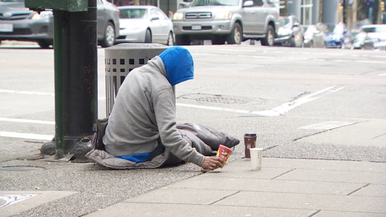 Quesnel to fine people for sitting on sidewalks, sleeping on grass downtown