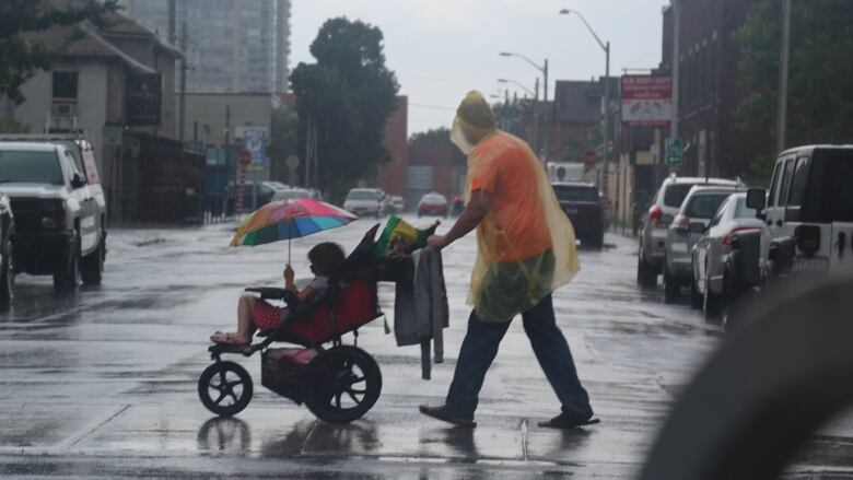 Severe thunderstorm warning in effect, tornado watch ended for Toronto