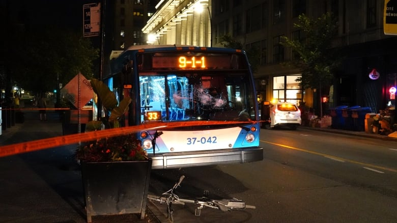 Cyclist arrested after attacking Montreal bus, police say