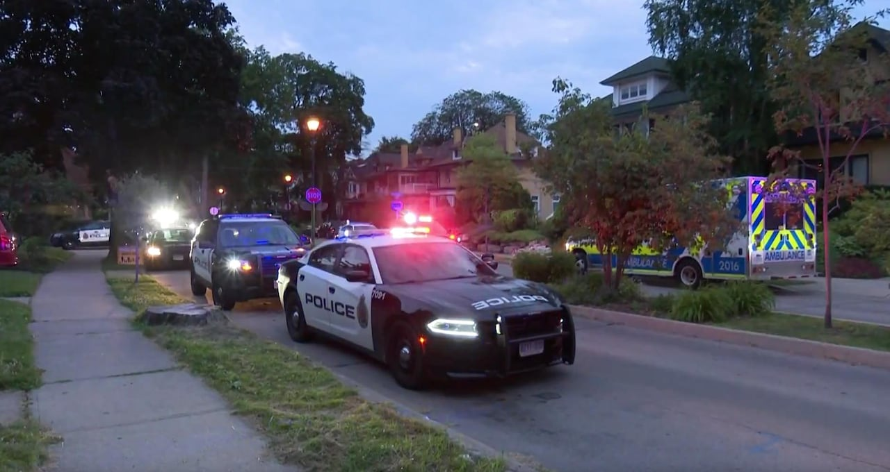 Man visiting from the U.S. dies after drowning in backyard pool: Hamilton police