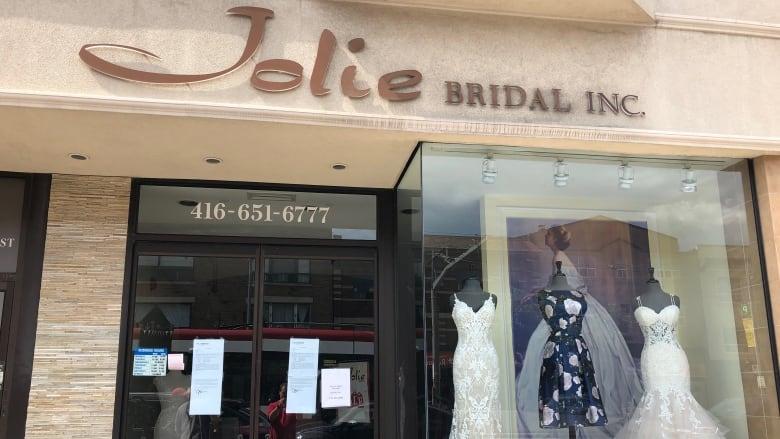 Brides To Be Scrambling After Toronto Bridal Store Closes