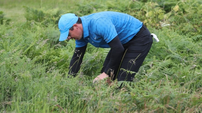 Rory McIlroy implodes with quadruple-bogey on 1st hole, in danger of not making cut