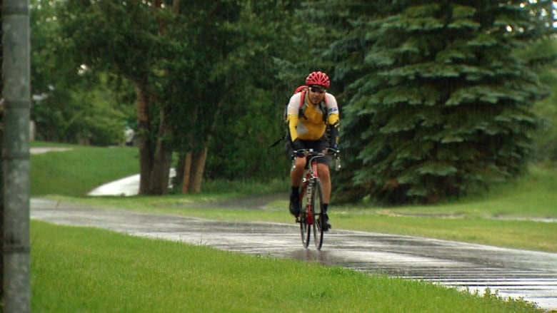 Its Not Your Imagination Special >> Summertime And The Livin Is Wet And Chilly In Calgary Cbc News