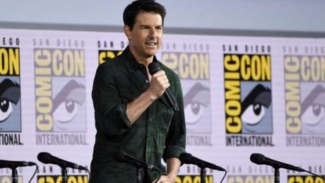 """2019 Comic-Con - """"Top Gun: Maverick"""" Announcement"""