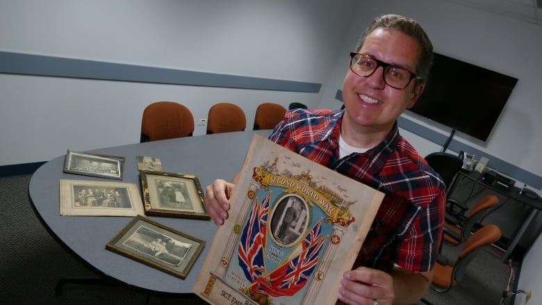 Picture this: Winnipegger seeks to solve mystery of historical