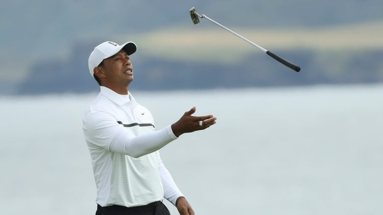 Weathered, frustrated Tiger Woods projected to miss cut