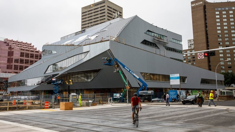 Grand opening delayed for Edmonton's 'think tank' library