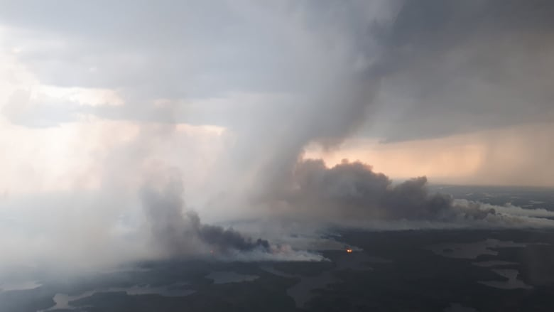 Awry Lake wildfire northwest of Yellowknife now 'under control'