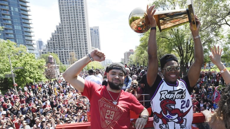 Van Vleet and Raptors hungry to repeat as champs, even without Leonard