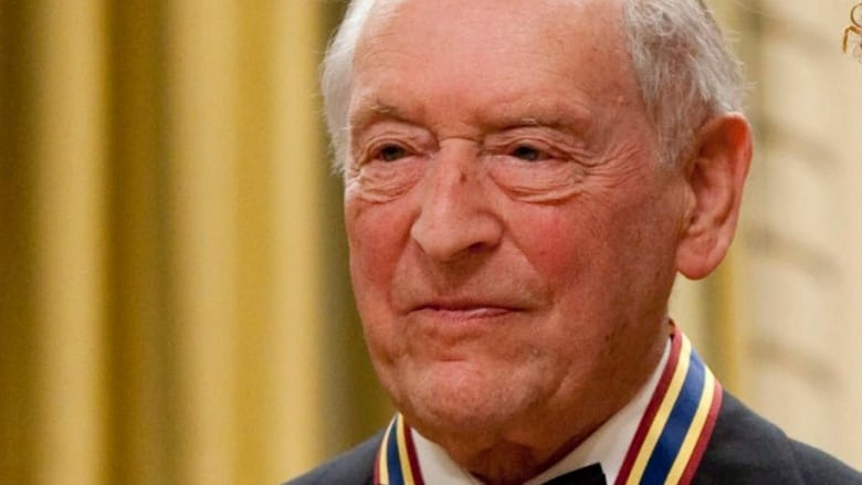 Canadian arts impresario Walter Homburger dead at 95