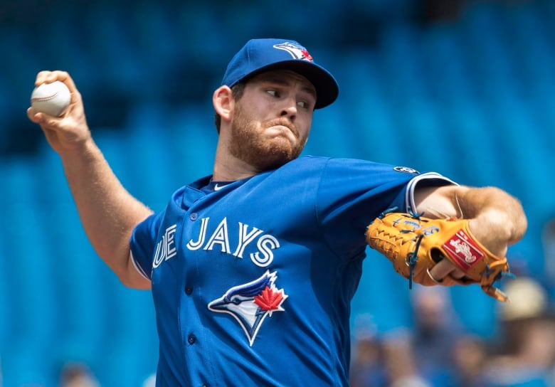 Blue Jays deal reliever Daniel Hudson to Nationals