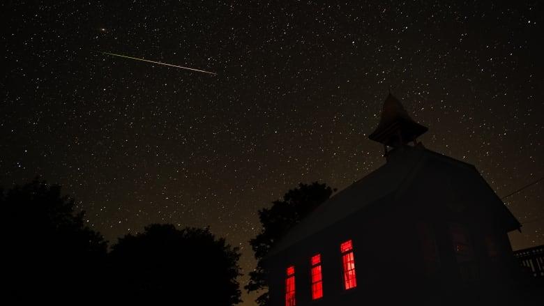 Perseid meteor show peaks over Ottawa Tuesday