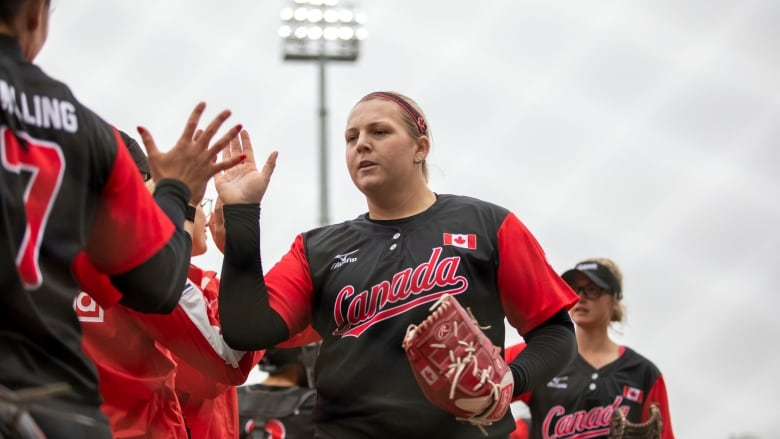 Pitch perfect: Canadian women's softball team determined to get back