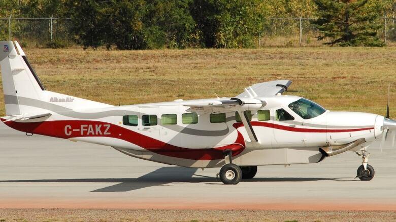 2 dead in plane crash near Yukon's Mayo Lake