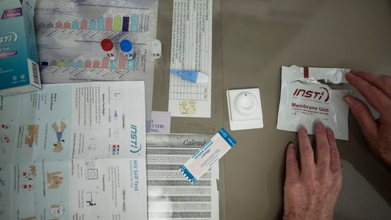 Mailing free home HIV tests helps detect more infections, U.S. study shows