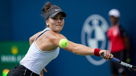 Andreescu-wins-Rogers-Cup-2019-final-vs-Serena-Williams