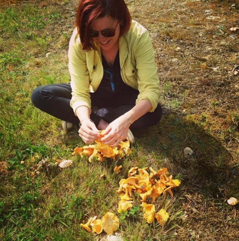 Newfoundland gold: A funguide to picking chanterelle mushrooms