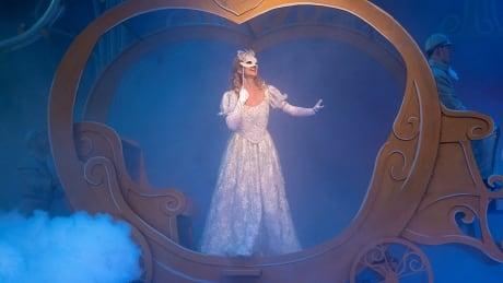 Rainbow Stage Cinderella 4