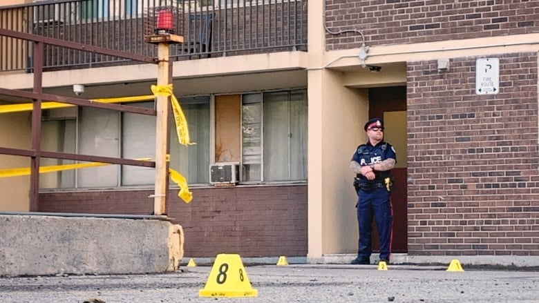Woman in her 20s wounded in daytime Etobicoke shooting