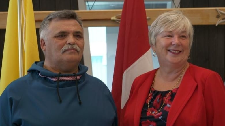 Iqaluit, Kimmirut to be connected with fibre internet by 2023