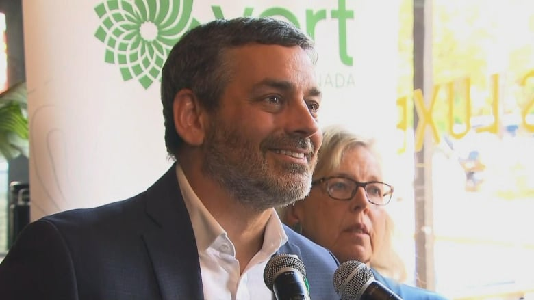 NDP recruits former Quebec Greens leader to take on NDPer who defected to Greens