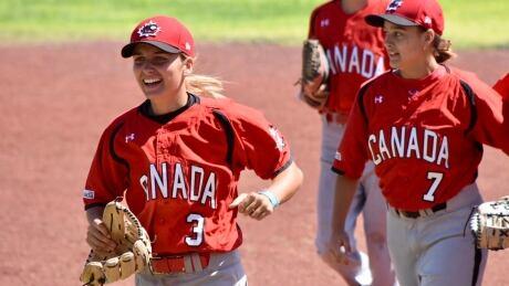 canada-women