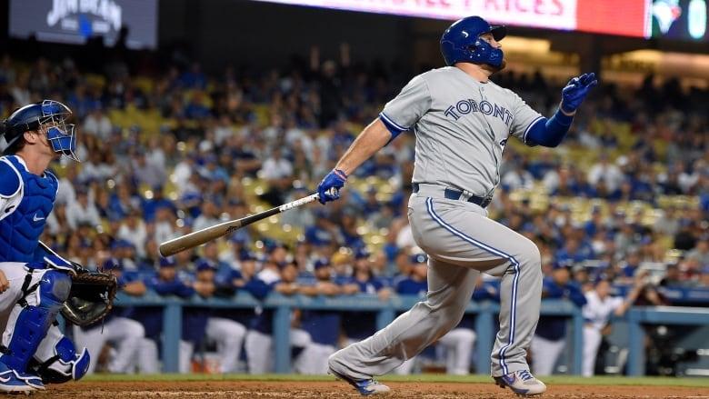 Dodgers homer in 10th ruins Blue Jays' comeback bid