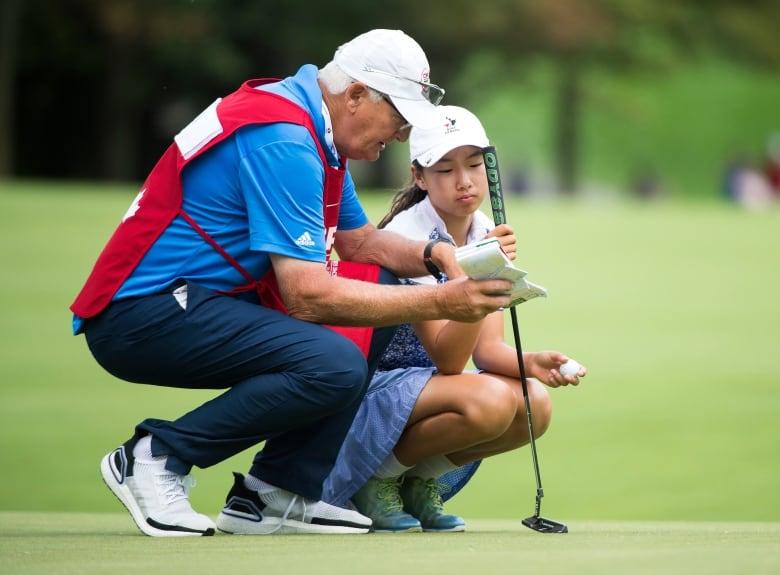Annie Park leads CP Women's Open; Brooke Henderson 1 back