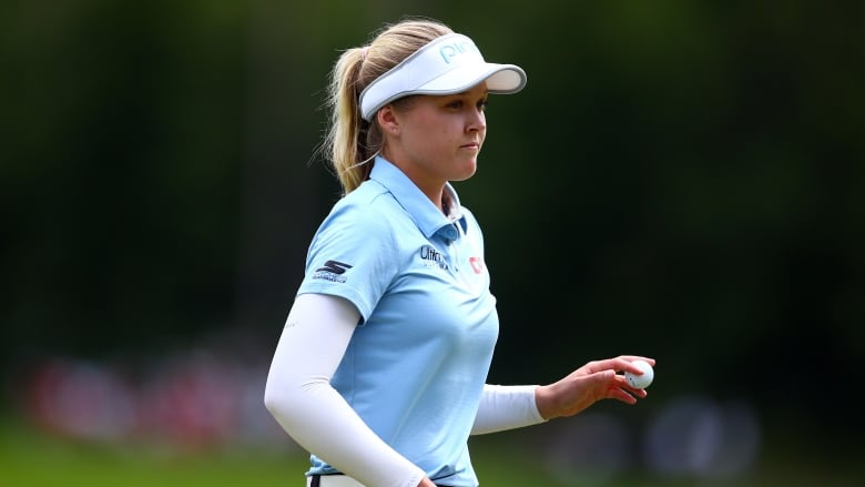 Brooke Henderson goes on tear to move within 2 shots of CP Women's Open lead