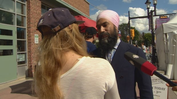 Federal NDP leader Singh makes stop in Edmonton, party's lone Alberta riding