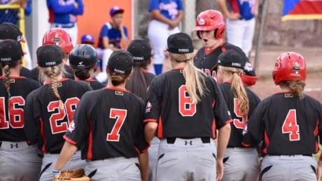 Canada-womens-baseball