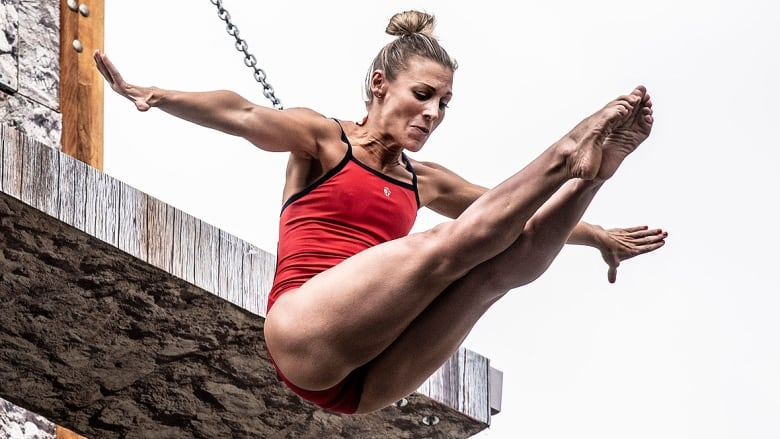 Canadian cliff diver Lysanne Richard wins bronze in injury return