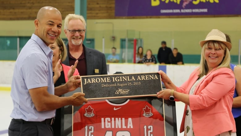 'Truly amazing honour': St. Albert Arena renamed after NHL star Jarome Iginla