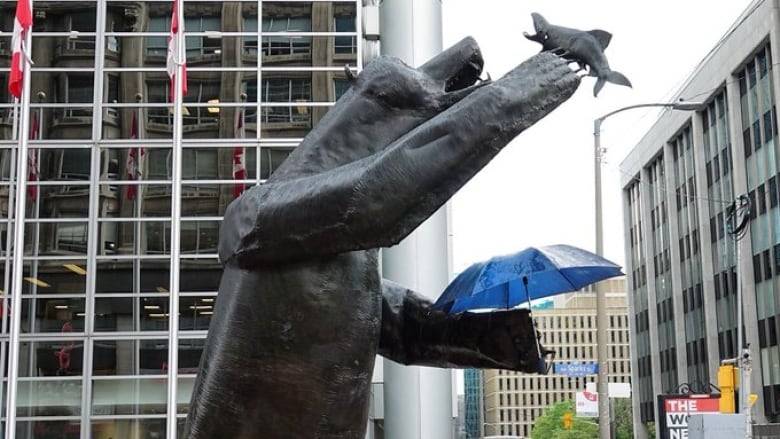 Expect a rainy start to Labour Day