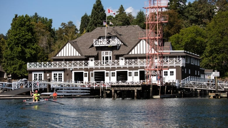 Rowers fear yacht club's expansion plans in Coal Harbour