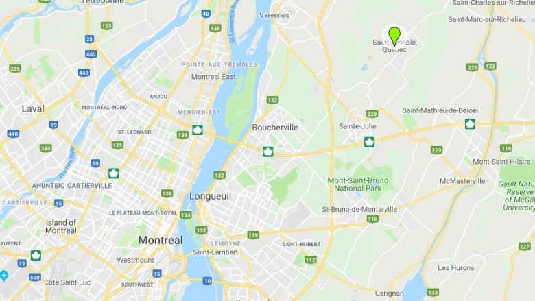 Bus crash on Montreal's South Shore sends 7 students to hospital