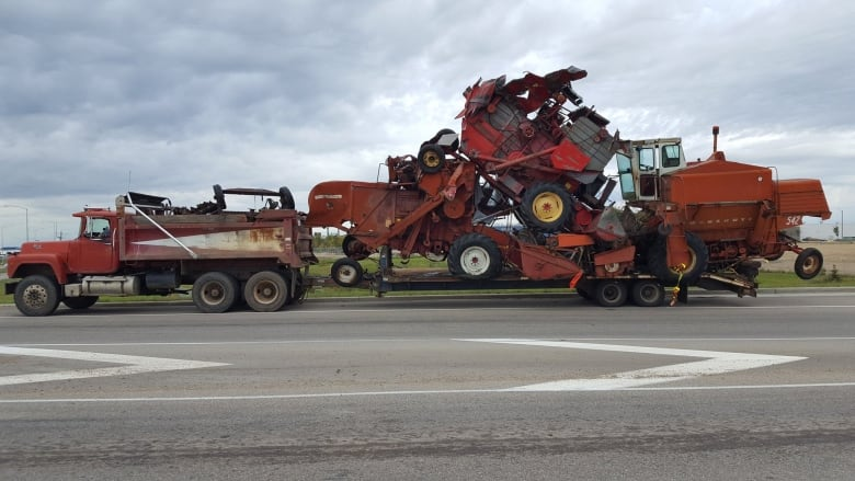 'Quite scary': Driver fined for unsecured scrap load in Edmonton