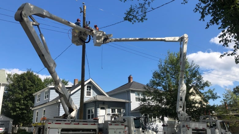 Power outages continue to dwindle days after Dorian