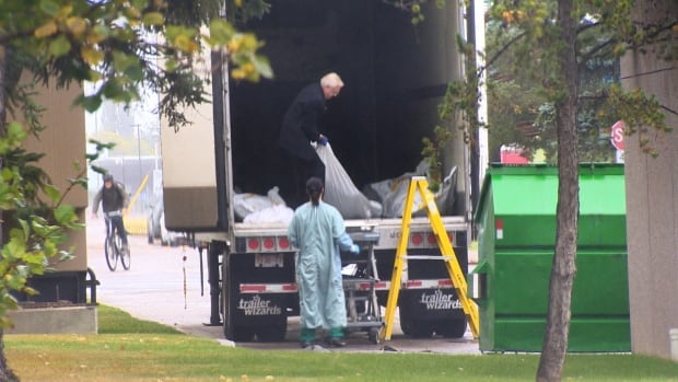 Storage of bodies in rented trailer leads to probe of medical examiner's space shortage   CBC News