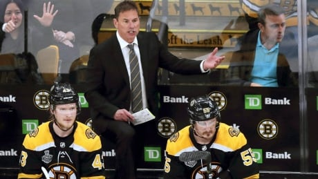 Bruins extend contract of