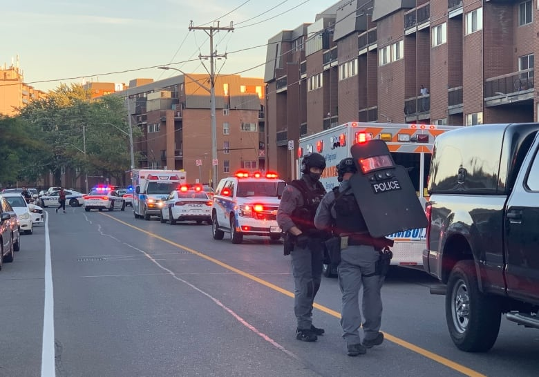 Teen killed, 5 others wounded in Mississauga, Ont., shooting