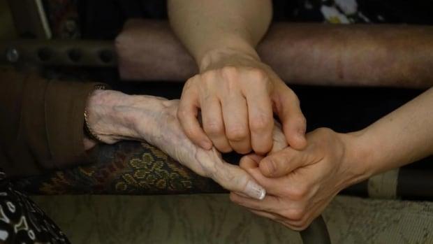 Ottawa researchers develop 'dementia calculator' | CBC News