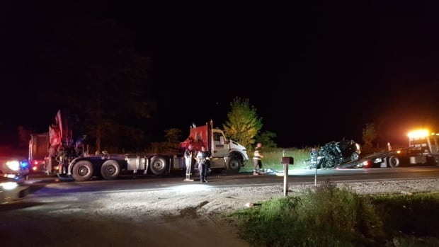 3 dead in crash involving commercial vehicle and SUV in Bradford | CBC News