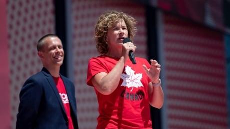 Marnie McBean, chef de mission