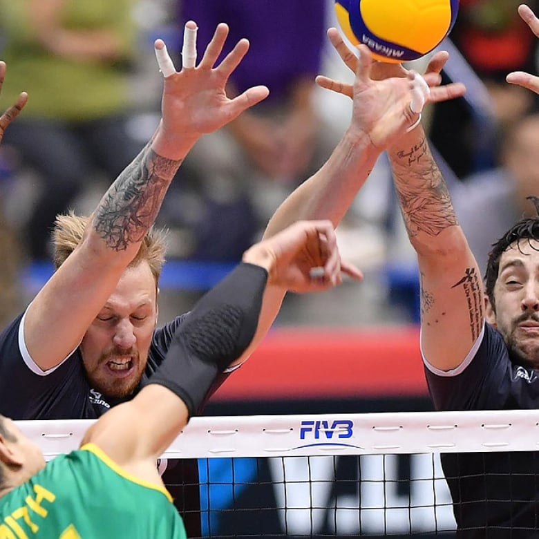 Canada Shakes Off Slow Start At Volleyball World Cup To
