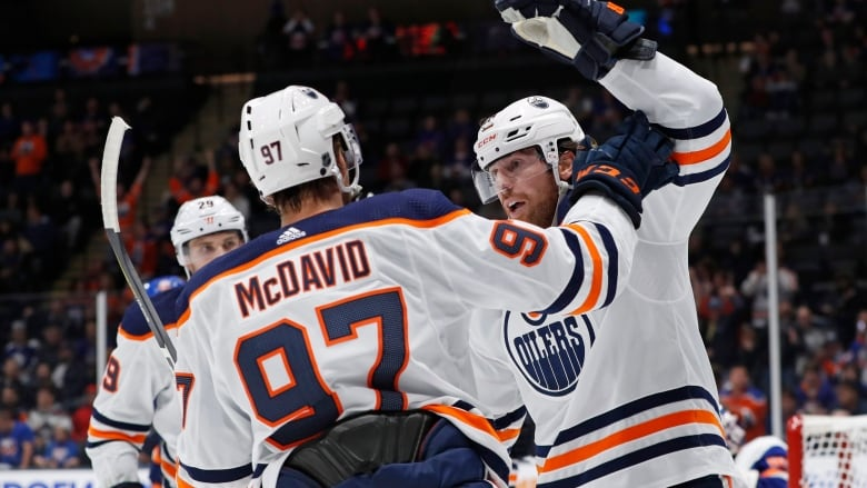 Real Deal indeed! James Neal leads Edmonton Oilers past Islanders