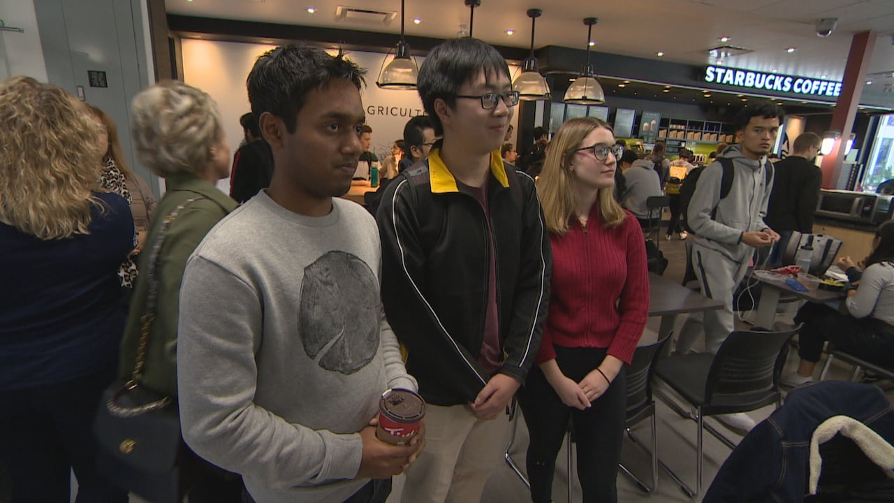 Local Physics Students Teachers Inspired By Manitoba Born Nobel Prize Winner Cbc News